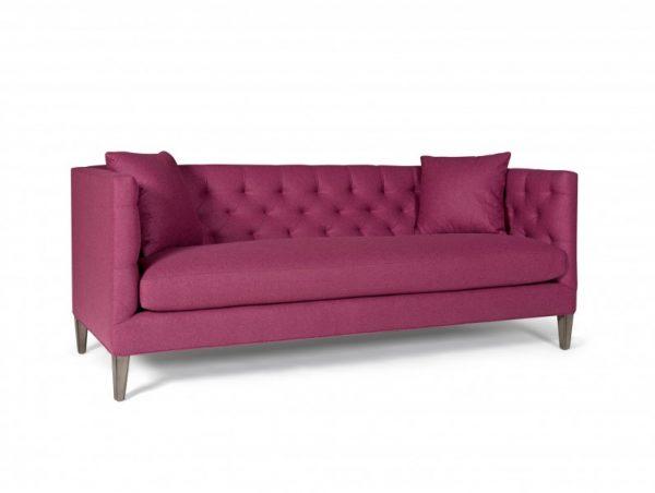 maries-corner-sofa-henderson_burgundy_1-796×600.jpg